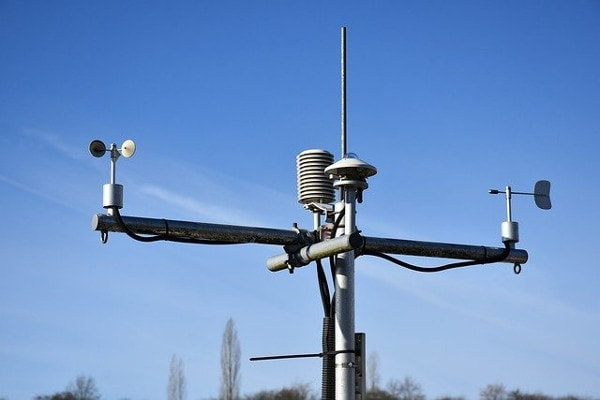 DIY IOT Garden weather station